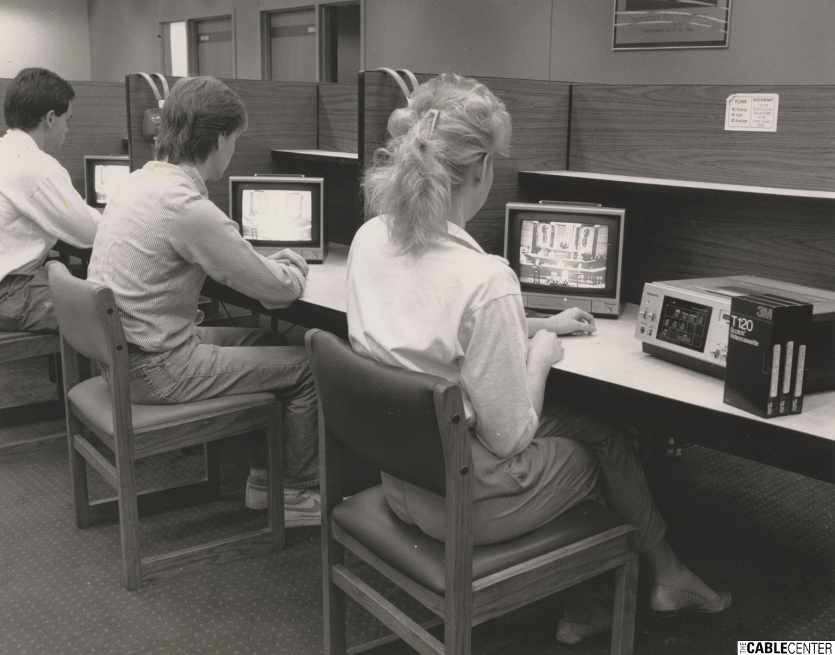 Students at Purdue's Independent Study Center