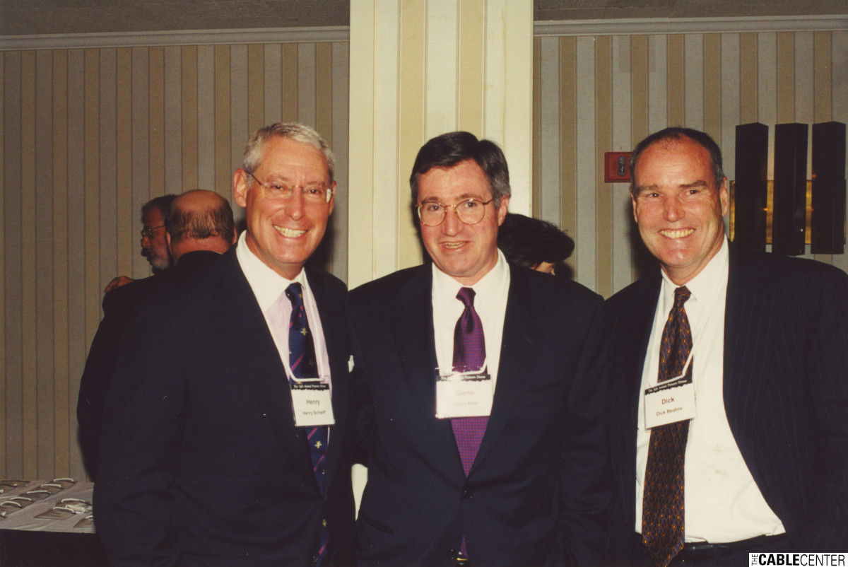 Henry Schleiff, Glenn Britt, and Dick Beahrs at the 2000 Cable Television Pioneers dinner and Cable Hall of Fame ceremony
