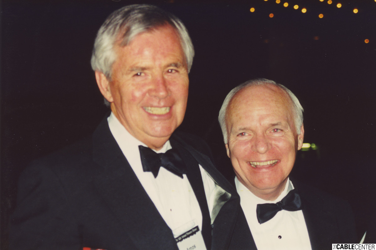 Amos Hostetter and Brian Lamb at the 2000 Cable Television Pioneers dinner and Cable Hall of Fame ceremony